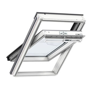 VELUX White Painted Pine Centre Pivot Triple Glazed Roof Window 2066